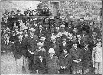 Photograph of the 20 pupils who each laid a brick