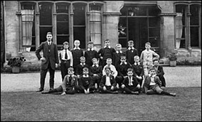 Sunday School scholars at the front of the Rectory in the 1920s