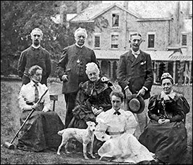 The Newmans with relatives and guests 1880s