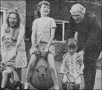Photograph of Rev Edward Pitt and family