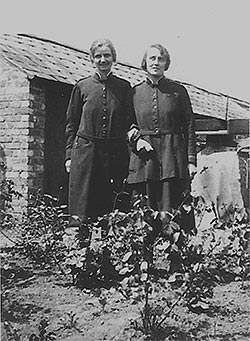 Photograph of the second pair of officers to live iin Duke Street