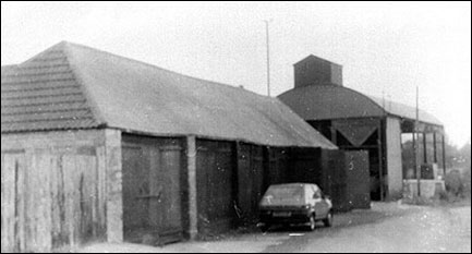 Cart sheds in Wold Road in 1985, part of Laurels Farm, since converted to residential
