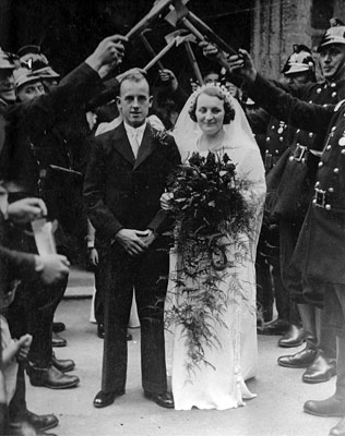 Percy Ashby and Kathleen Loake on their wedding day