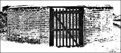 A village pound probably similar to Burton Latimer's, which was situated in Meeting Lane.