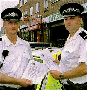 Police outside Gateway Stores, Churchill Way in 2000