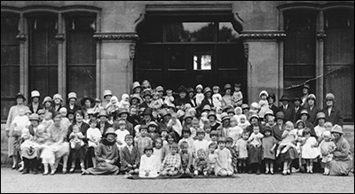 Burton Latimer Infant Welfare Group - 1926
