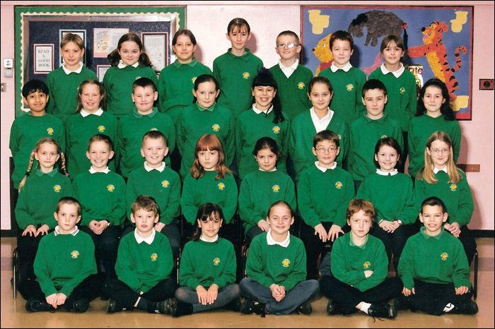 Meadowside Junior School 2000-1 - Class : 5G