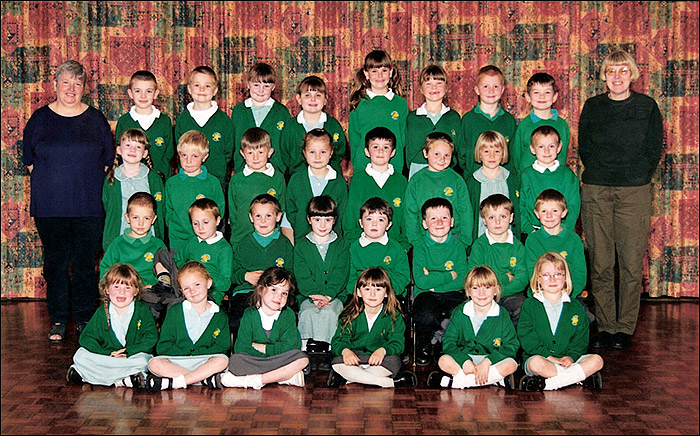 Meadowside Infants School - Mrs Hardwick's Class 1Y 2000-1
