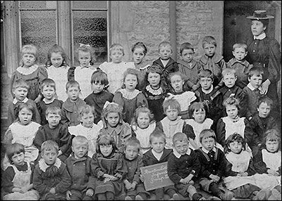 Photograph of Church School Infants with teacher in 1901