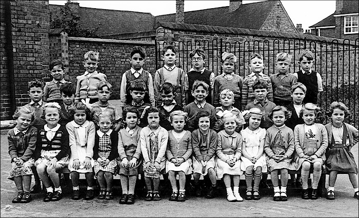 Burton Latimer Council Infants School - Unidentified Class 1954
