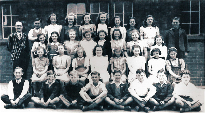 Burton Latimer Council School - Mr Cable's Class 1947