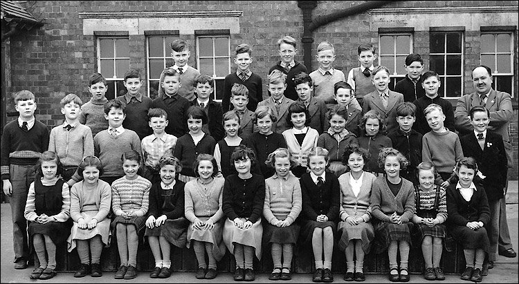 Burton Latimer Council School - MrWhite's Class 1956-7
