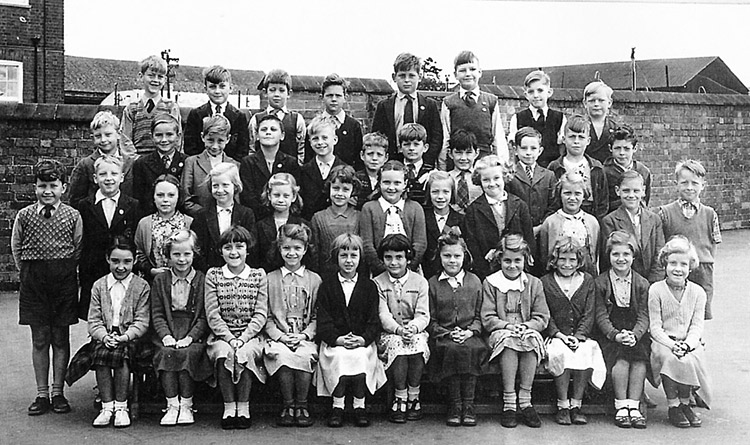 Burton Latimer Council School - Miss Clipson's Class 1955-56