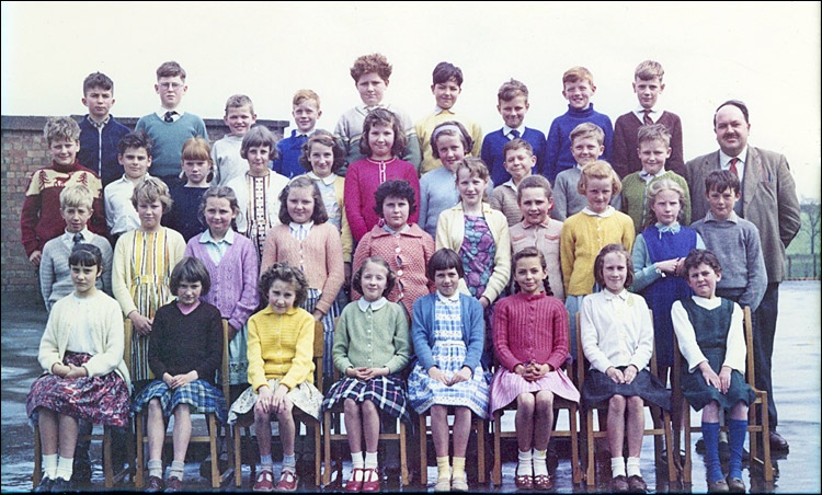 Burton Latimer Council School - MrWhite's Class 1962-63