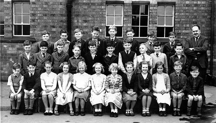 Burton Latimer Council School - MrWhite's Class 1953-4