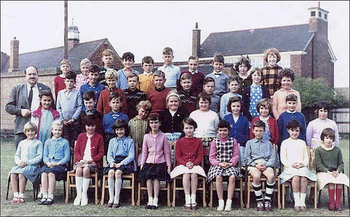 Burton Latimer Council School - Mr White's Class mid-1960s