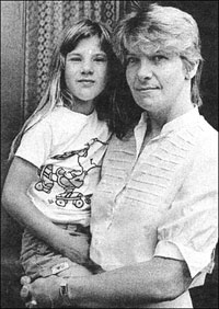 Photograph of Mrs Radcliffe and her daughter, Michelle
