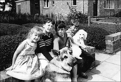 The Murrels and Byland children outside a house on The Crescent in c.1960