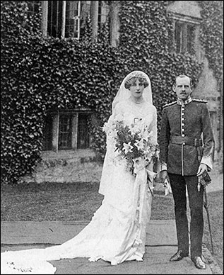 Mildred, elder daughter of Colonel Champion de Crespigny,at her marriage to Captain Harold Cartwright of Aynho in 1913.
