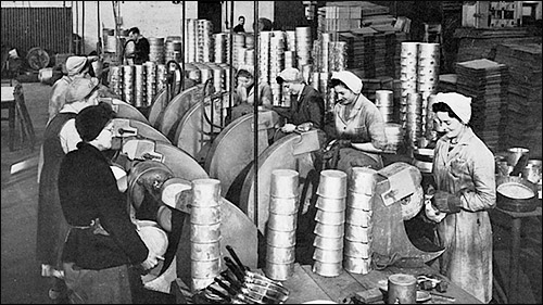 Alumasc workers polishing Holloware pans in the late 1940s
