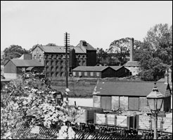 Wallis' Mill - later Weetabix - in the 1930s