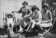 Photograph of Joan, Aunt Til and twins at Mablethorpe
