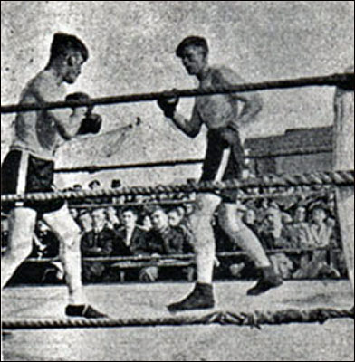 A boxing match during the 1941 Gala sports