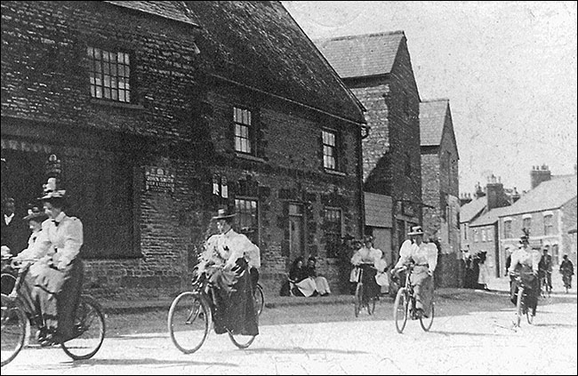 Possibly the first ever ladies bicycle race through Burton Latimer (1890's)