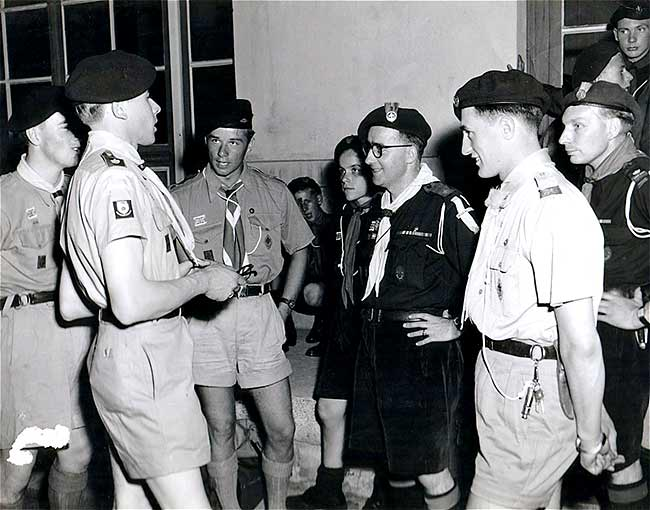 Chatting with French Scouts