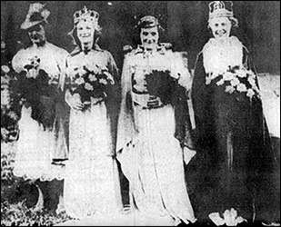 The 3 Trade Queens shown on the right of the photograph
