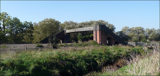 "The ""Hurdy Gurdy"" footbridge between Burton Latimer and Isham"