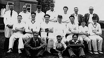 Photo Burton Latimer Cricket CC Team c1950