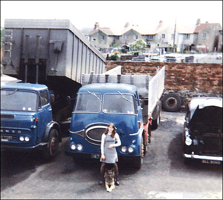 Lorries in Murrell's blue livery in the yard at Station Road