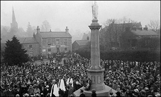 The Dedication of Burton latimer war Memorial in 1922