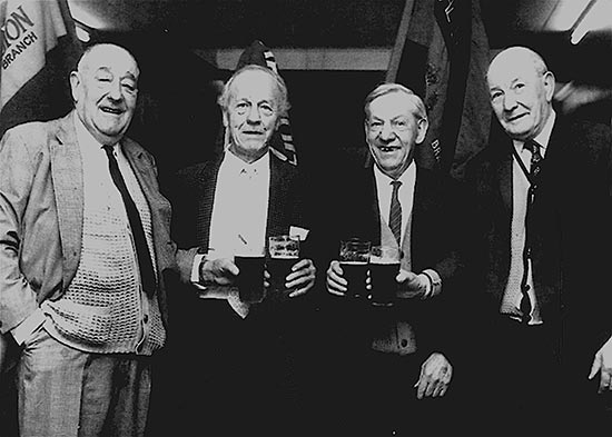 Old Comrades Get-together 1970s On the left is Bill Goodliffe and on the right, 87739 Walter Neville 210th Machine Gun Corps 1914-18. Names for the two gentlemen in the centre are not confirmed.